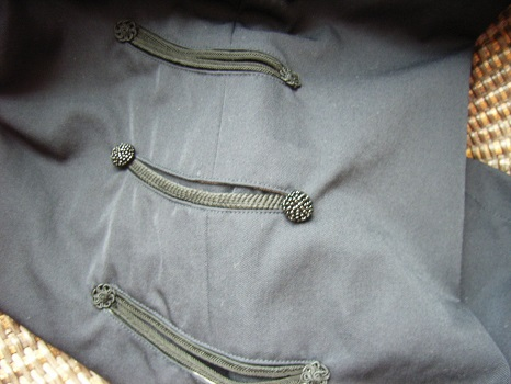 手の込んだポケットの細工に惹かれまくり…。