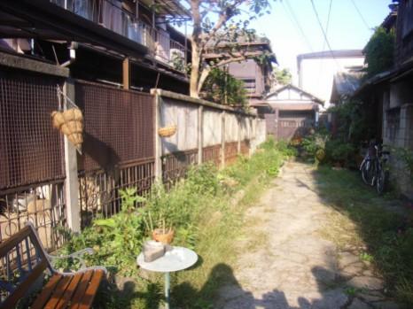 20091019桜木町の路地