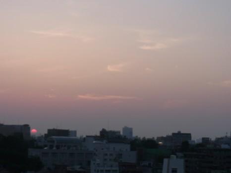 夏至の日のころの日の出3