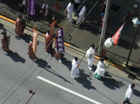 天祖神社の行列