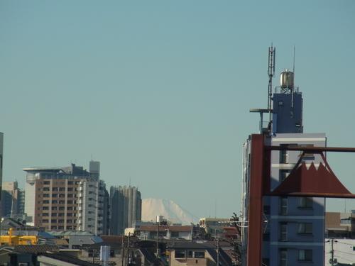 2月23日は、二=ふ、二=じ、三=さんで、富士山の日。記念日って圧倒的にこんなのが多いけど、制定した人たちがステキです。/2/23=旧1/5・庚午