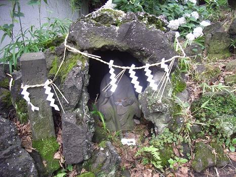 下谷坂本富士の祠
