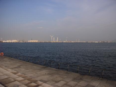 今日は7月第三月曜「海の日」で、不思議と海を目指したくなる休日。バスに揺られて東京湾でも行ってみようか?/7/20=旧6/5・丁酉