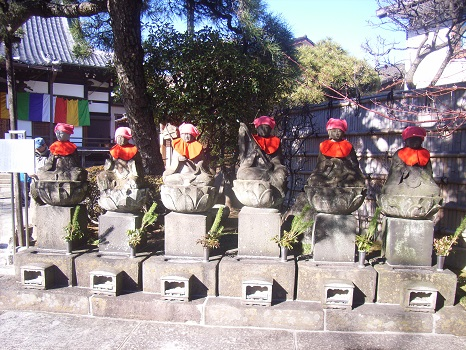 六地蔵座像
