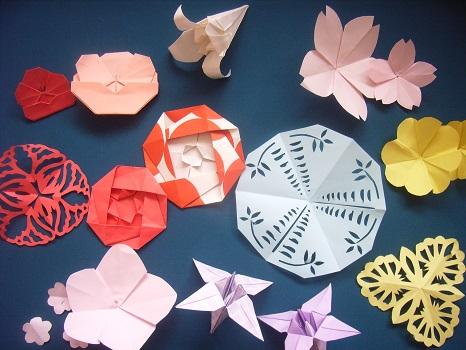今年ももう始まってるなぁ奈良・薬師寺の「花会式」。遠く関東の街で、美しく花に囲まれた方々を思いつつ、折り紙で花作りしてみる一日/3/28=旧2/20・己酉