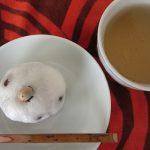 寒い日々にはコレだねと「酒まんじゅう」。ほお張りながら暦を眺め、おっ!今日は初甲子祭かぁと、重い腰上げ、お参りに。/旧暦12/16・甲子