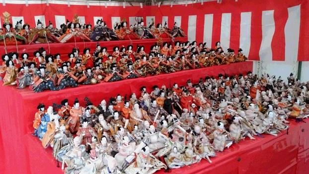 素戔嗚神社の雛人形