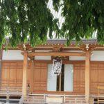 お盆の「迎え火」の光景…見なかったなぁ。でも、寺ごとの本堂を飾る「切子燈篭」が、ご先祖様をお迎えしてます。/旧暦6/3・戊申