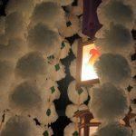 今日は、雑司ヶ谷鬼子母神の御会式。ご供養の万灯行列が、今日は、池袋の繁華街からスタートし、ひときは長く豪華です。/旧暦9/20・戊子